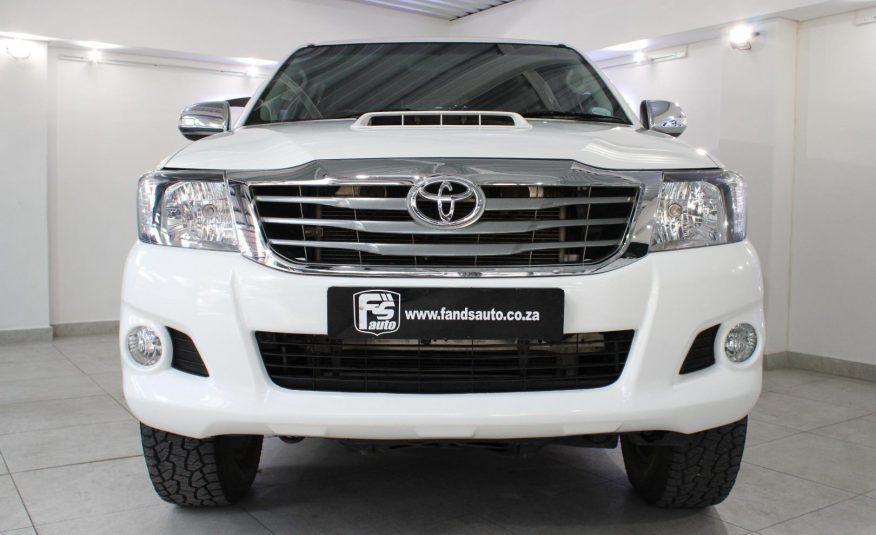 Toyota Hilux 3.0D-4D Double Cab Raider Legend 45