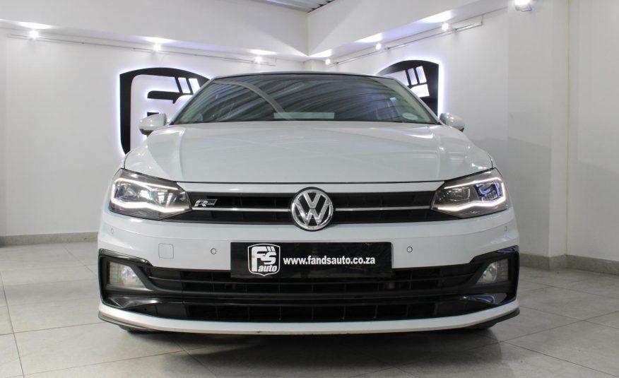 Volkswagen Polo Hatch 1.0TSI Comfortline R-Line 2018